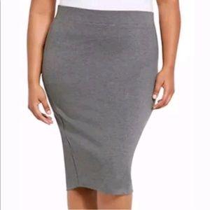 🌼 Torrid Gray Pencil Skirt 🌼